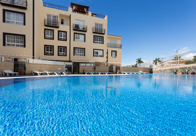 Apartamento en Adeje - Penthouse Sunset with Pool and free Wifi