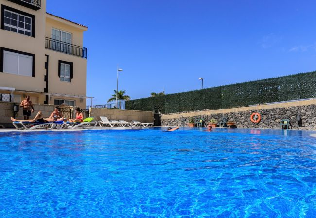Apartamento en Adeje - Charming Sunset Penthouse with pool