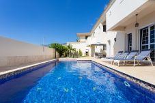 Villa in El Rosario - Tabaiba Luxury Villa with heated pool