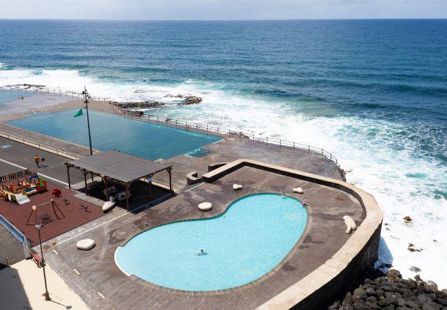 Appartement à Bajamar - Frontline Bajamar with pool and gym